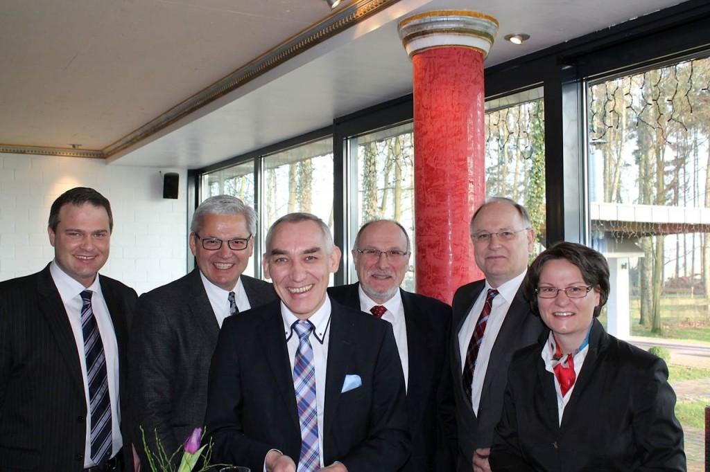 Jörg Schindel, Hubert Hüppe MdB, Heinrich Böckelühr, Wilfried Feldmann, Wilhelm Jasperneite und Ina Scharrenbach MdL